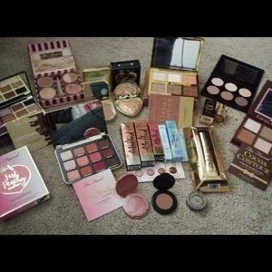 Two face makeup lot!❤️